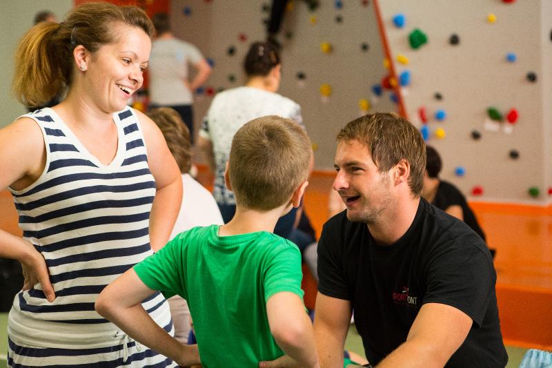 kletterkurs familienklettern klettertraining kletterhalle boulderhalle klettern bouldern bonn meckenheim rheinbach sportpoint