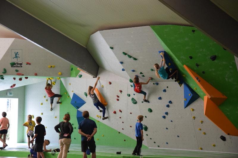 RheinMoves, MiniRheinMoves, RheinMiniMoves, Boulder-Funwettkampf, Boulder-Wettkampf, Kletterhalle Meckenheim Bonn Rheinbach