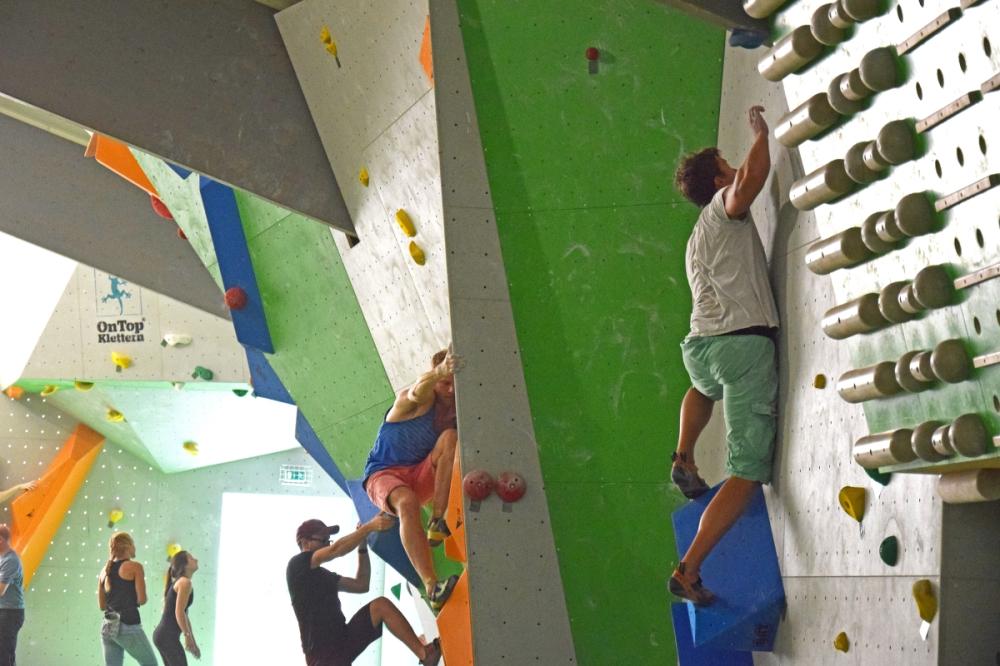 rheinmoves boulderfunwettkampf bouldern meckenheim bonn rheinbach boulderhalle klettern kletterhalle