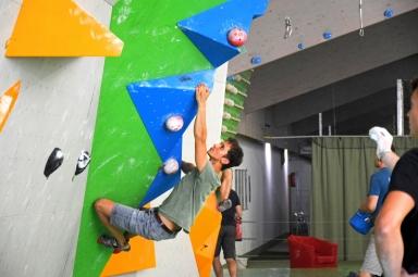 rheinmoves boulderfunwettkampf bouldern meckenheim bonn rheinbach boulderhalle klettern kletterhalle sportpoint meckenheim