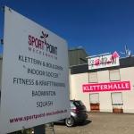 Indoorsportanlage Sportpoint Meckenheim, Fitness, Kletterhalle Meckenheim Bonn Rheinbach, Klettern, Squash, Badminton, Indoor-Soccer, Tennis, Eingang